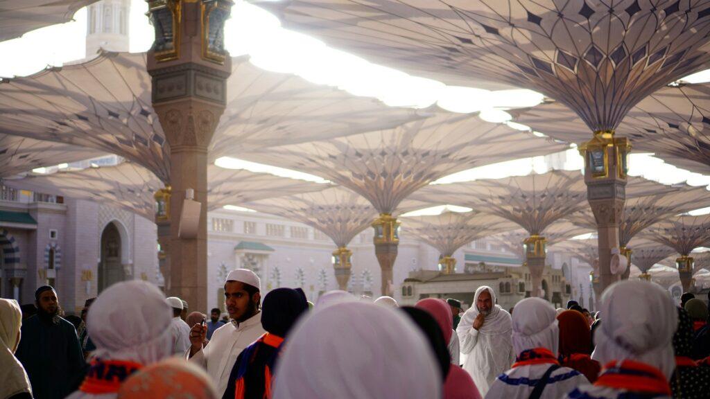 muslims at hajj and umrah