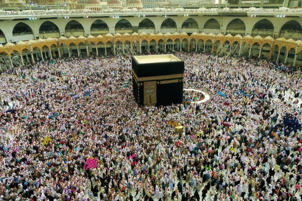 prophet ibrahim built the kaaba in mecca